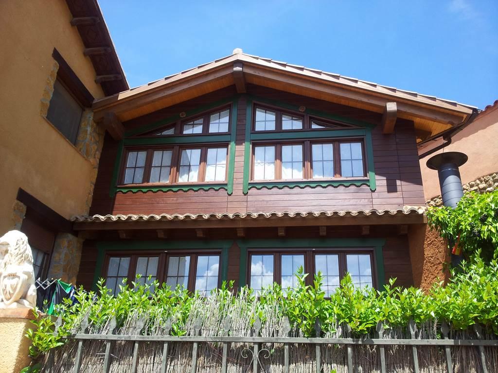 Casa rural el refugio de sol fachada - Anento casa rural ...