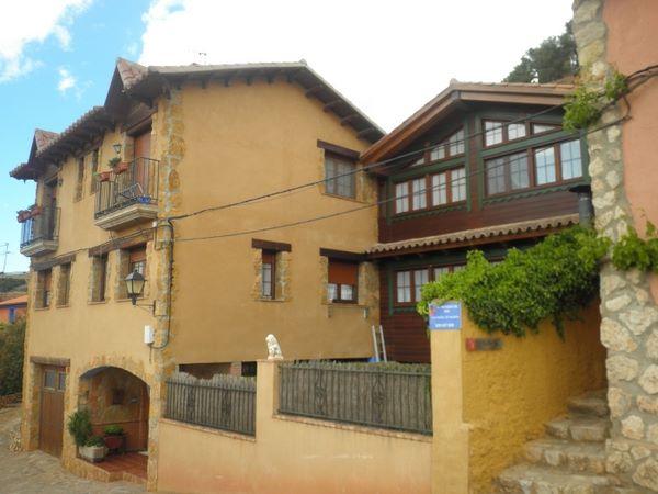 Casa rural el refugio de sol anento zaragoza casa rural - Casas de madera zaragoza ...